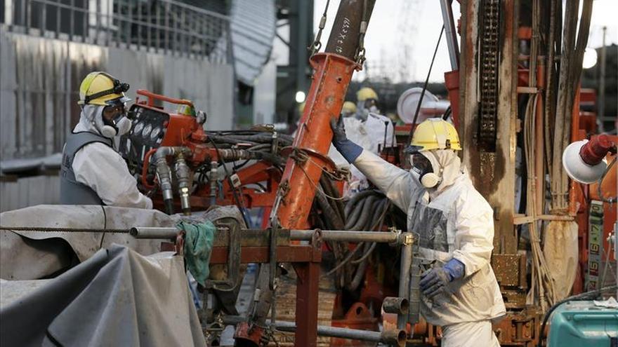 Arrancan las pruebas para construir un muro de hielo subterráneo en Fukushima