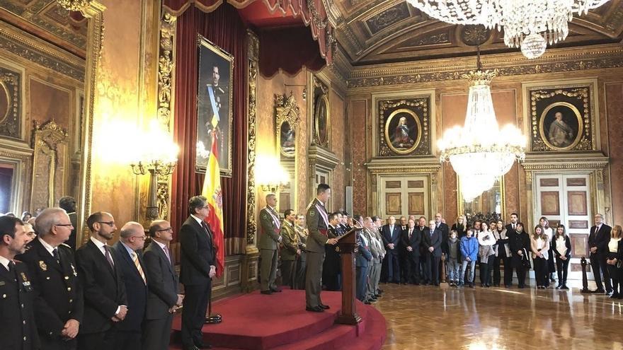 El teniente general inspector general del Ejército, Fernando Aznar Ladrón de Guevara, durante su discurso en la Pascua Militar.