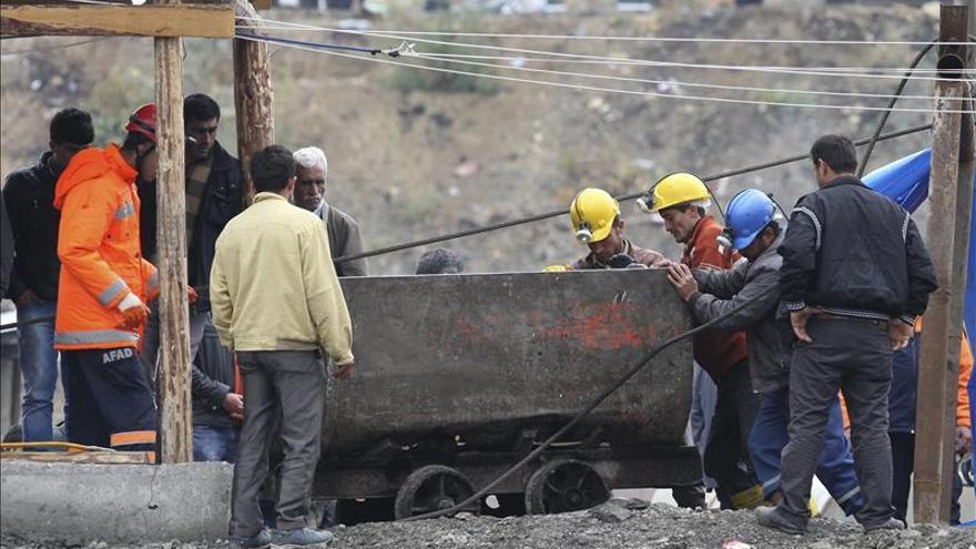 Se entrega el dueño de la mina turca donde un accidente causó 18 víctimas