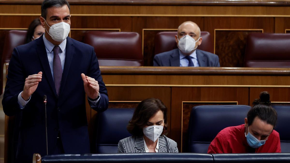 El presidente del Gobierno, Pedro Sánchez, durante la sesión de control al Gobierno, este miércoles, en el Congreso de los Diputados. EFE/Mariscal