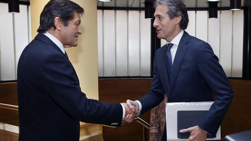 Javier Fernández desconoce si Susana Díaz quiere liderar el PSOE