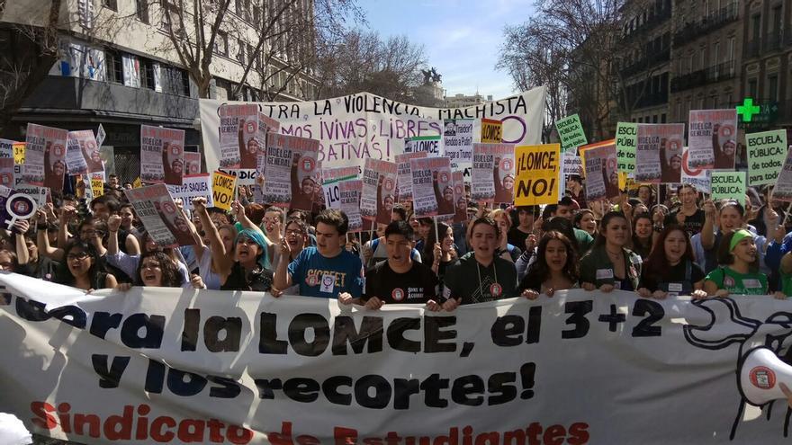 La cabecera de la manifestación de Madrid, esta mañana.