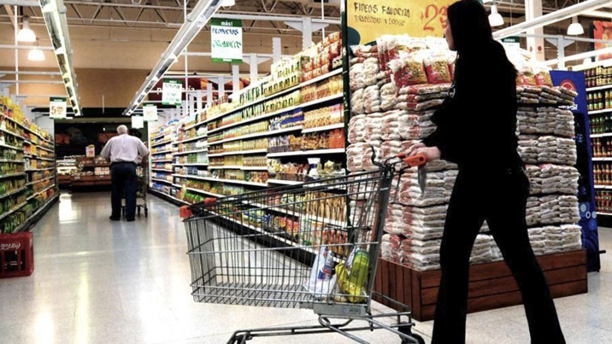 Las ventas en los supermercados aumentaron 4,2% en julio.