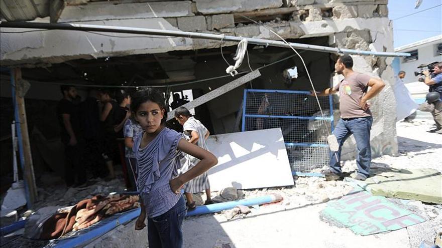 La UE condena inaceptable el ataque a una escuela de la ONU y a un mercado en Gaza