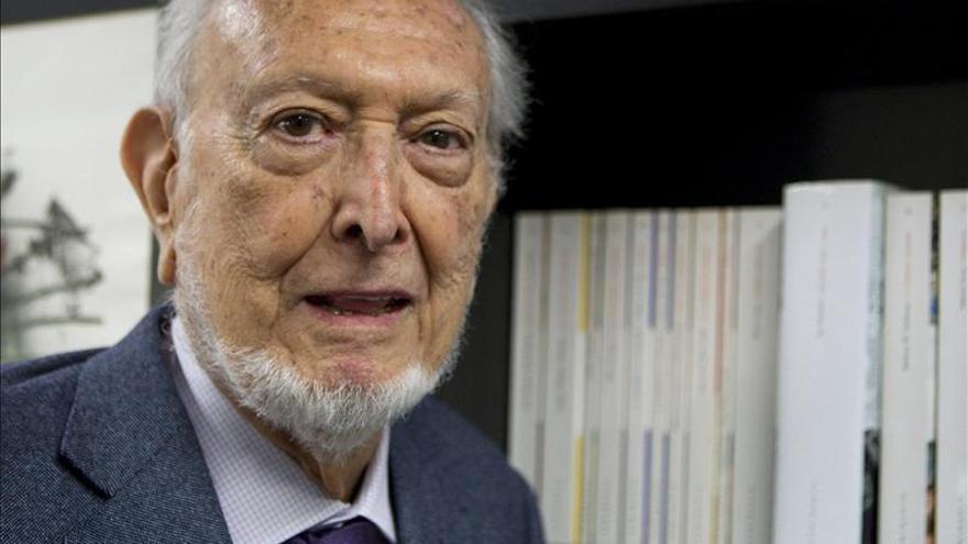 Fallece el editor y escritor Josep Maria Castellet, a los 87 años