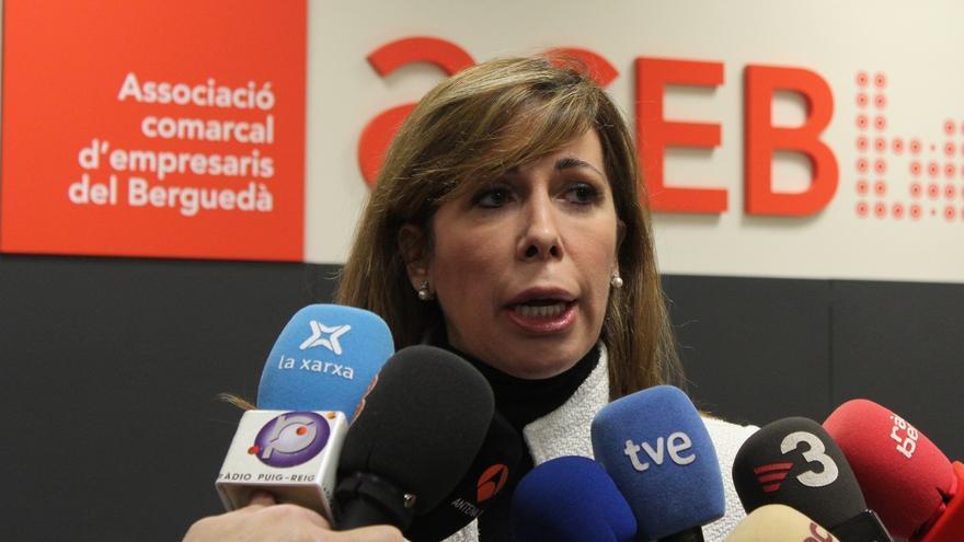 """Alicia Sánchez-Camacho dice que romper el pacto CiU-PP en la Diputación de Barcelona probaría que """"manda"""" Junqueras"""