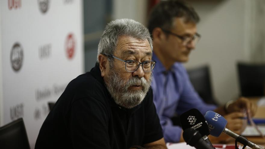 """Cándido Méndez (UGT) dice que la """"única salida"""" para Cataluña es una reforma de la Constitución"""