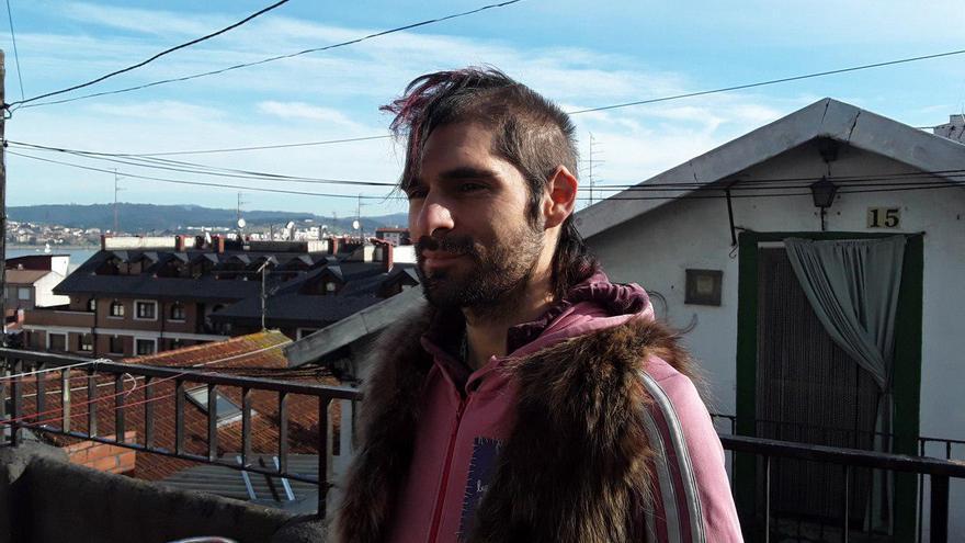 Piro Subra, autor de 'Invertidos y rompepatrias'.