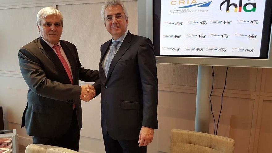 Un momento de la presentación del acuerdo entre CRIA e Hispano Lusitana de Aviación