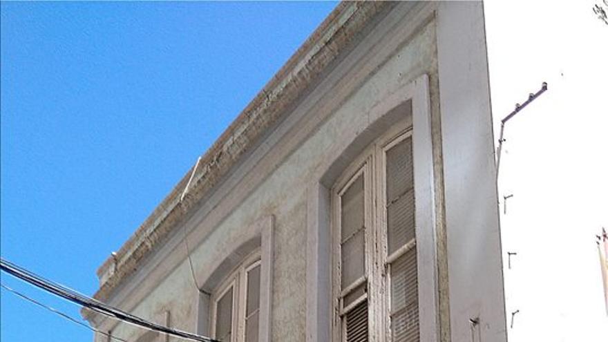 Casa de la calle Puerta Canseco con derribo parado por el Cabildo