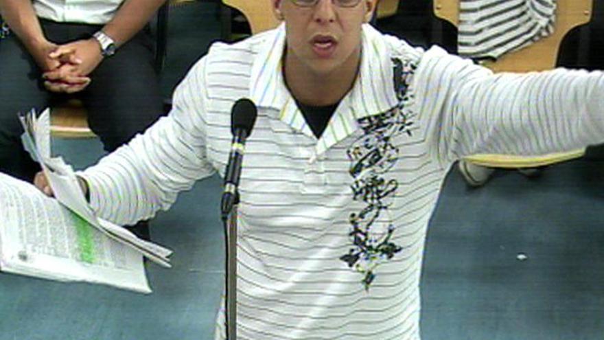 La AVT pide la expulsión de Zouhier cuando salga de la cárcel el 16 de marzo