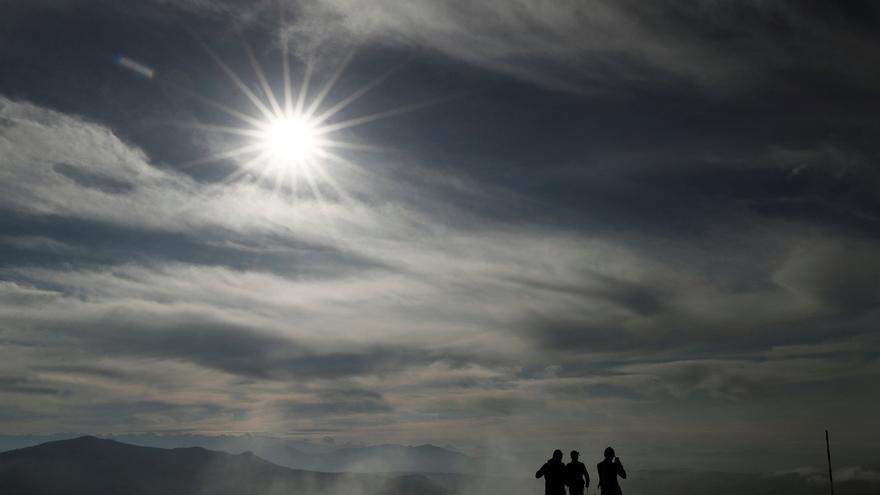 Cielos poco nubosos o soleados en buena parte del país