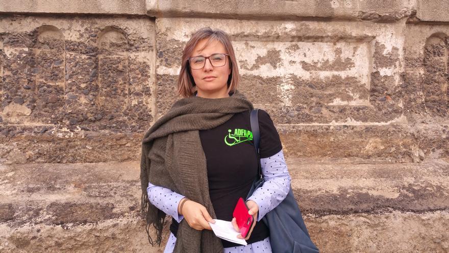 La aparejadora Remedios Cruz esd técnica de la Asociación de Discapacitados Físicos de La Palma.