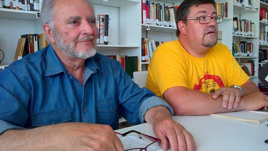 El Frente Cívico promovido por Anguita iniciará una campaña para reclamar la salida de España del euro