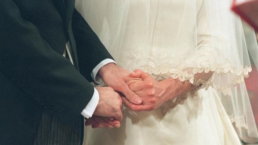 Bajan los divorcios y separaciones, mientras aumentan las nulidades en 2015