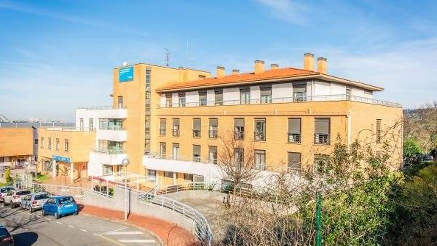 Seis falsos positivos en la residencia de Sanitas en Erandio y 17 casos activos en el brote de Tagore, en Vitoria