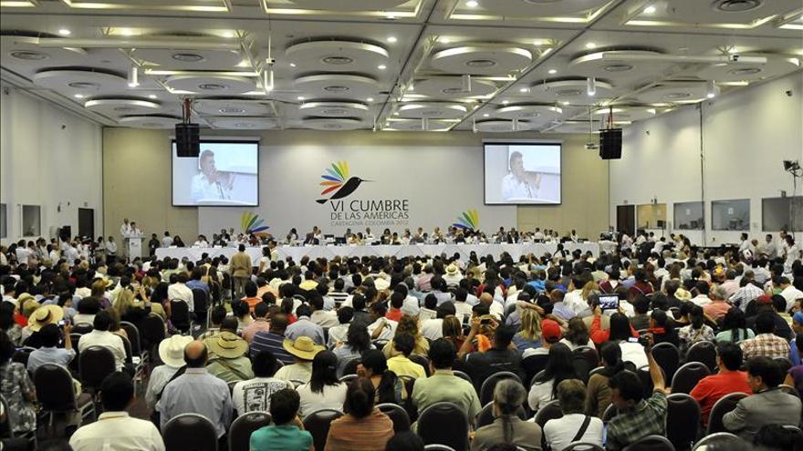 Acuerdo de paz entre el Gobierno y las FARC gana terreno según una encuesta