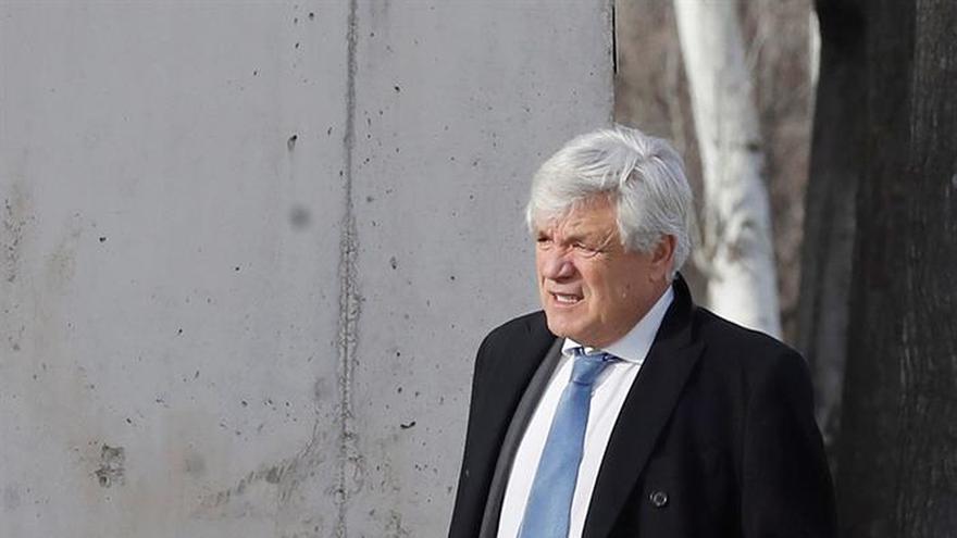 Blanqueador de Gürtel niega haber recibido comisiones y se desvincula del PP