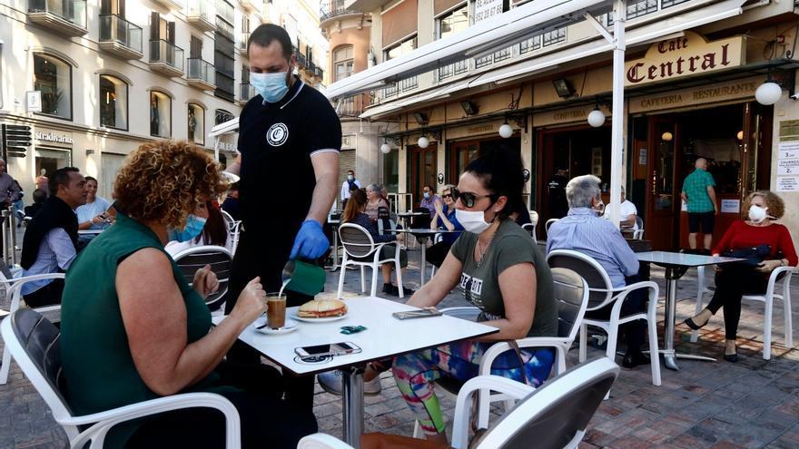 El paro sube en 143.800 personas en Andalucía en el tercer trimestre y se crean 76.200 empleos