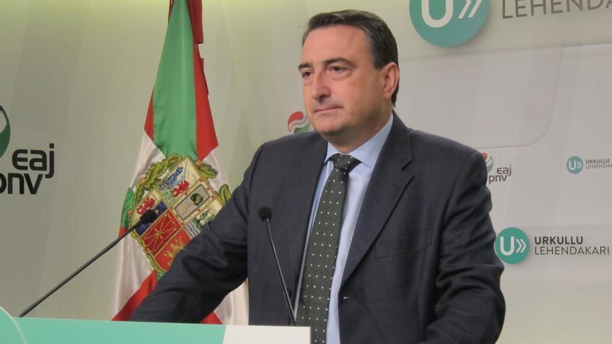 """PNV no """"prejuzga"""" al nuevo Gobierno aunque espera """"un cambio de actitud"""" porque """"si es continuista, lo pasará mal"""""""