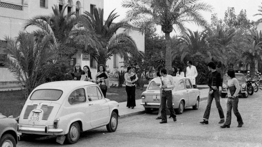 Imagen del CEU de Alicante hace 50 años, facilitada por gabinete de prensa de la UA.