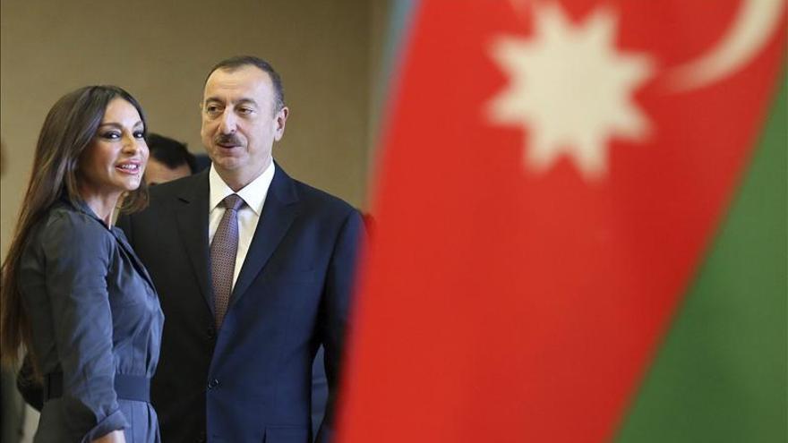 Alíev es reelegido presidente de Azerbaiyán, según los datos preliminares