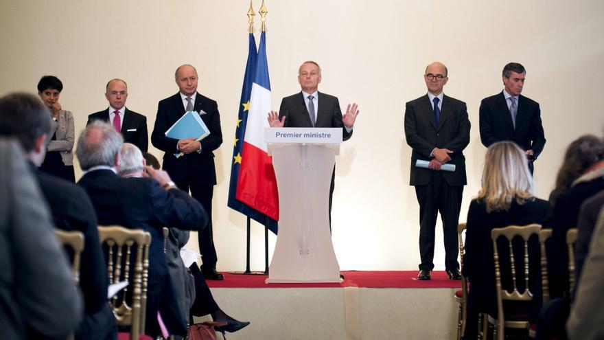 Francia baraja mantener cerradas sus embajadas por las caricaturas de Mahoma