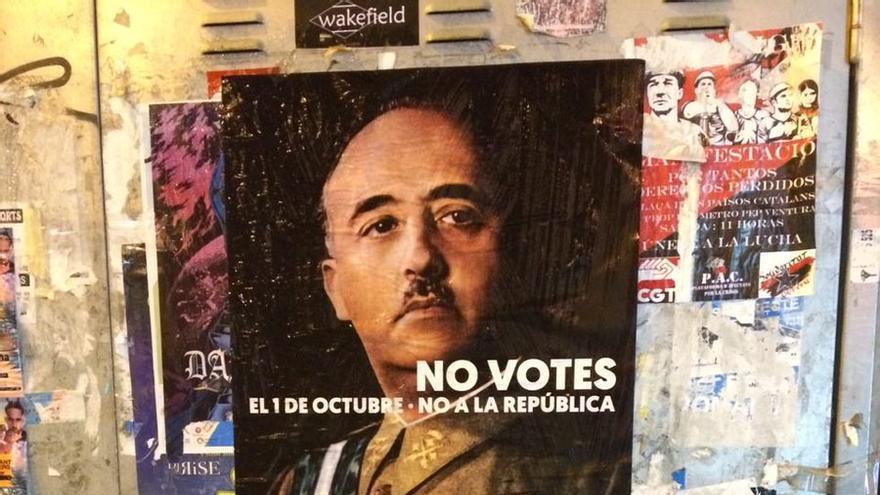 El cartel que ha aparecido esta mañana en distintas ciudades