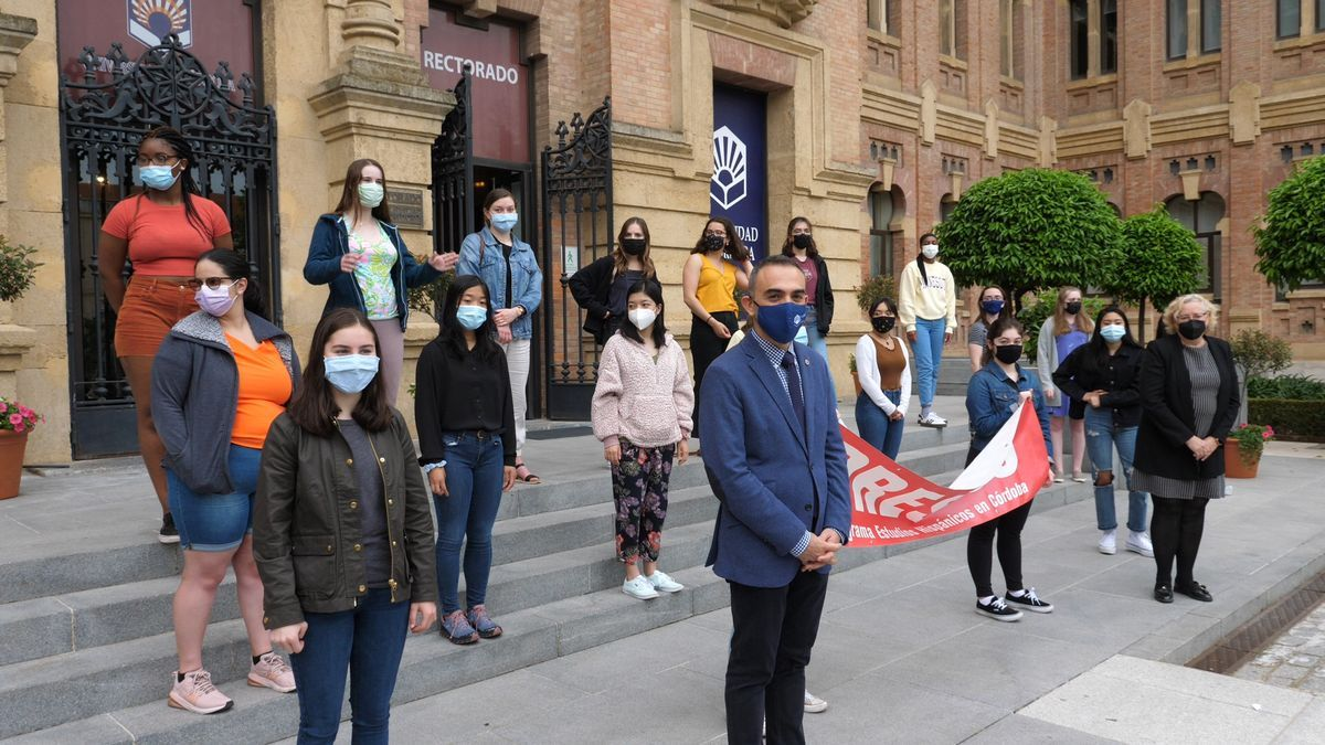 Llegada de los alumnos de PRESHCO a la Universidad de Córdoba
