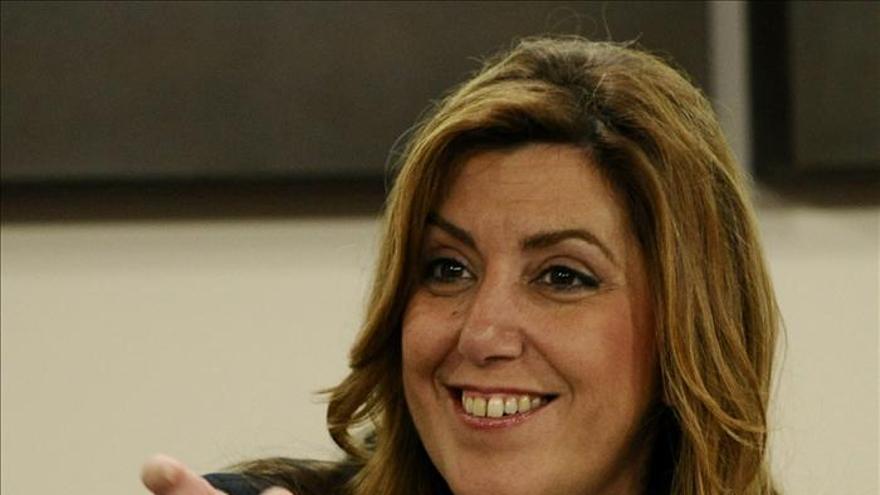 """Susana Díaz afirma que """"la legalidad y la política tienen que ir de la mano"""""""