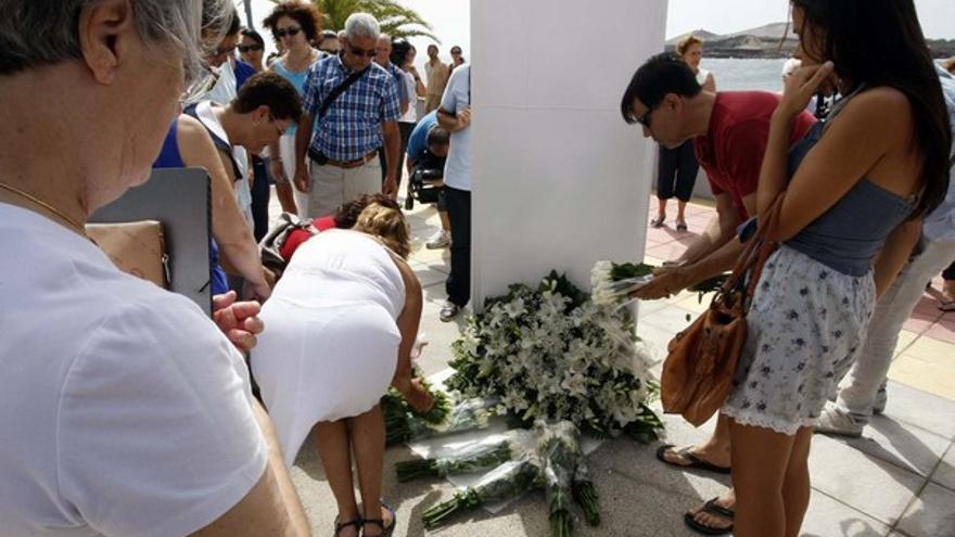 Del homenaje a las víctimas del JK5022 #3