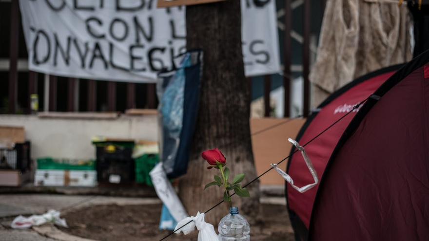 """Acampada Dignidad """"solidaridad con convalecientes"""""""