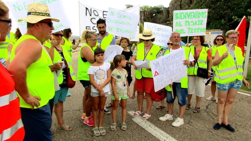 Manifestación carretera Helechosa