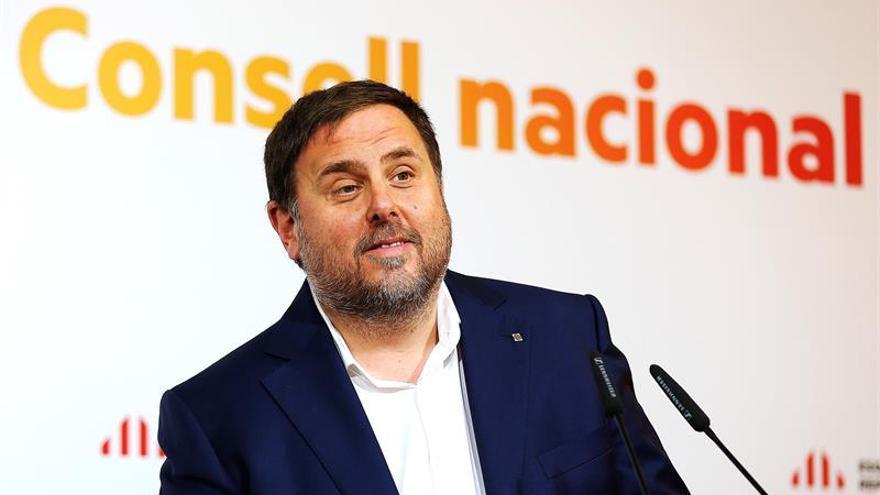"""Junqueras: """"Viva España democrática, que puede hacerse valer en el 1-O"""""""