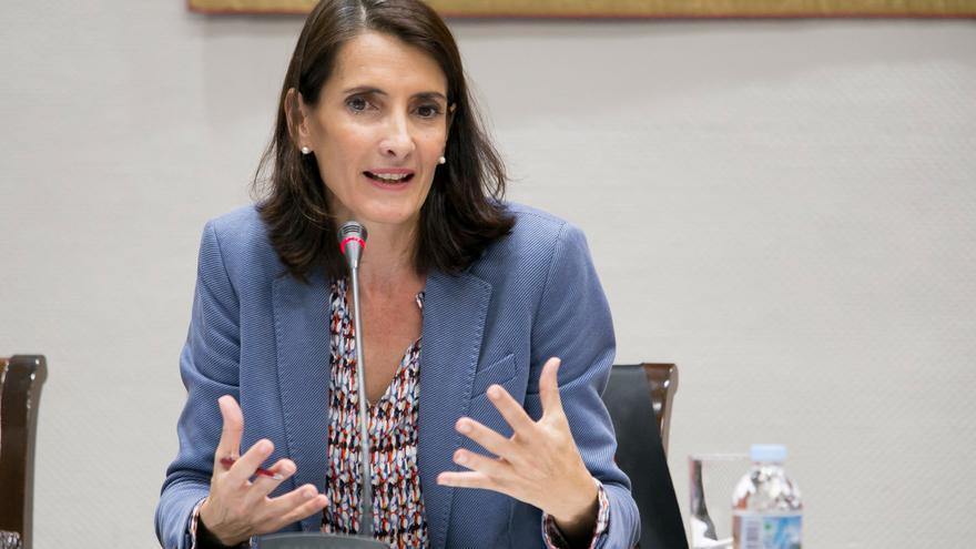La consejera de Turismo, Cultura y Deportes del Gobierno de Canarias, Teresa Lorenzo