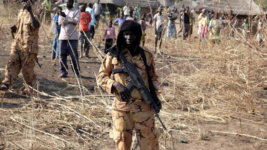 El Gobierno de Sudán del Sur y los rebeldes firman un alto el fuego
