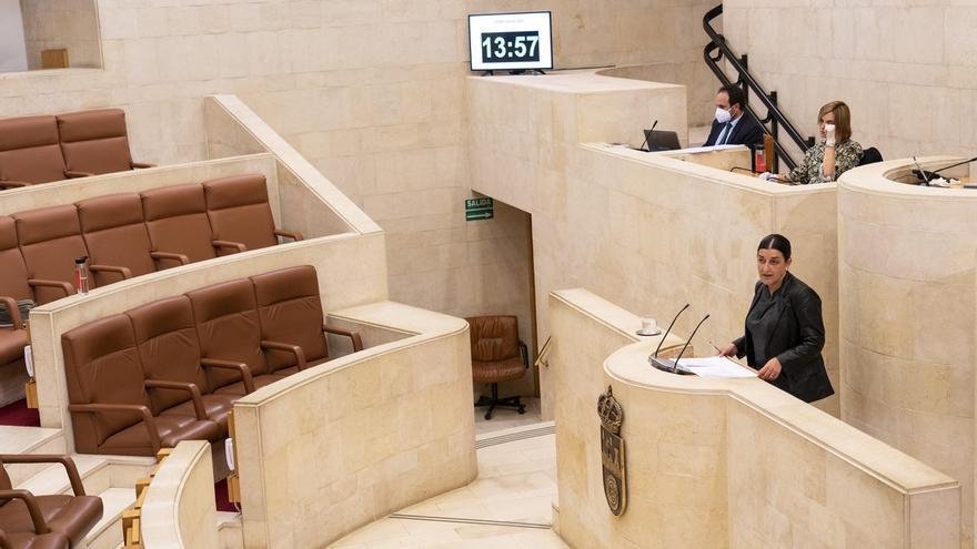 """Buruaga pide a Revilla que """"no fíe"""" la respuesta a la crisis del coronavirus al PSOE"""