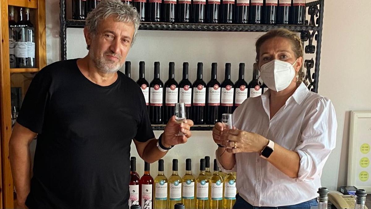 Garik Israelian, fundador y organizador del Festival Starmus, y  Celia Santos, concejala de Promoción Turística.