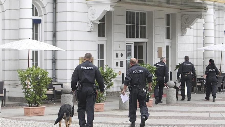 Detenidos en Alemania tres refugiados sirios sospechosos de colaborar con EI