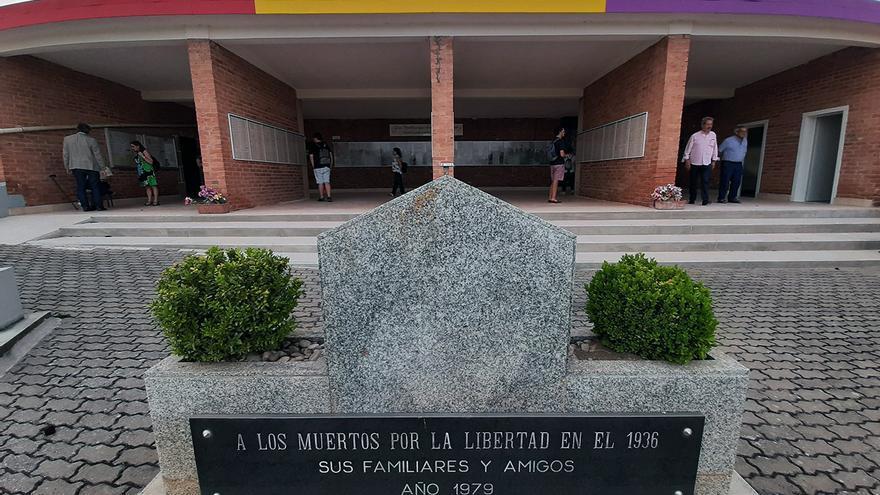 El conjunto momunental es hoy un cementerio civil. | JUAN MIGUEL BAQUERO