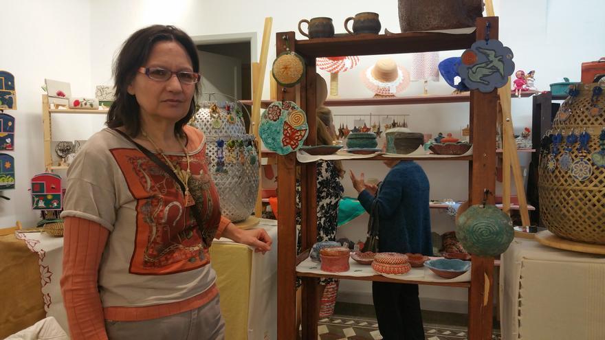 Ana María Acosta participa en la XVI Muestra de Artesanía en Navidad.
