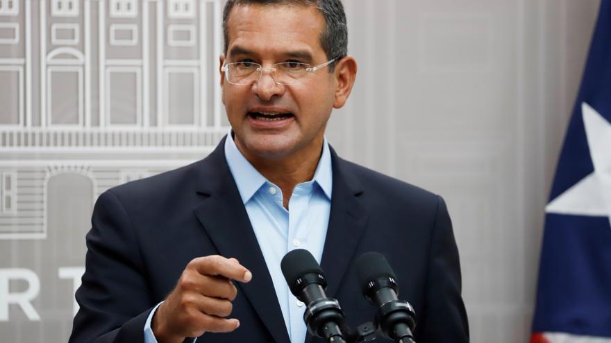 """El Gobernador de Puerto Rico atribuye los apagones a """"fallos gerenciales"""""""