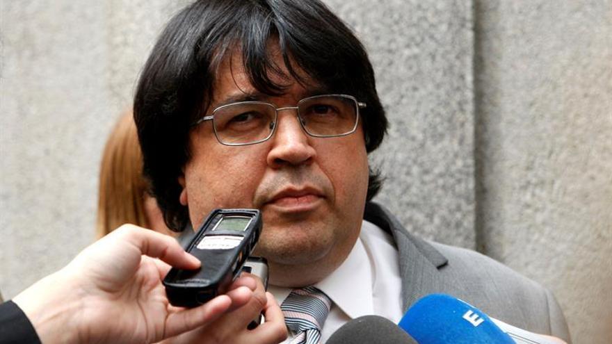 Mazón pagará 18.000 euros al registrador que sustituyó a Rajoy por dañar su honor