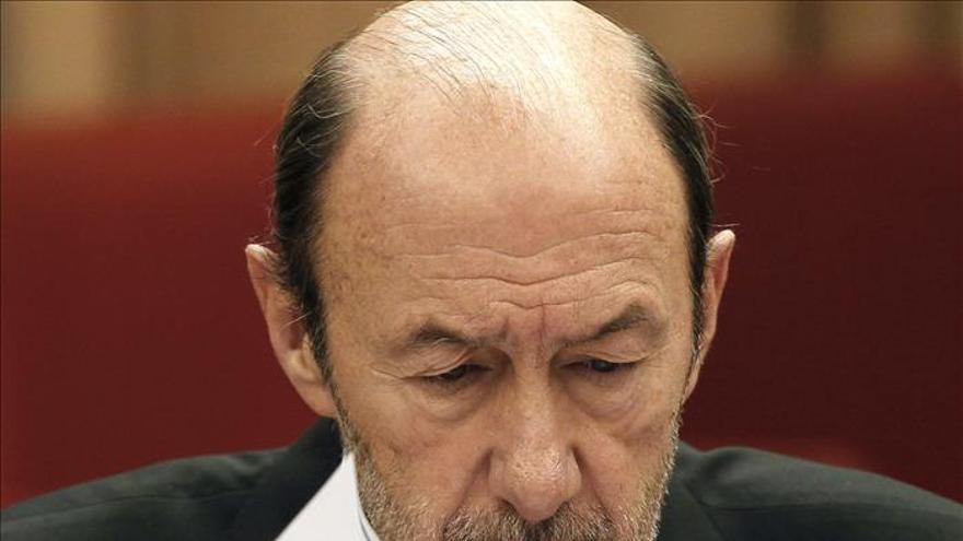 Rubalcaba afea a Gallardón que no explique un indulto que causa mucha alarma