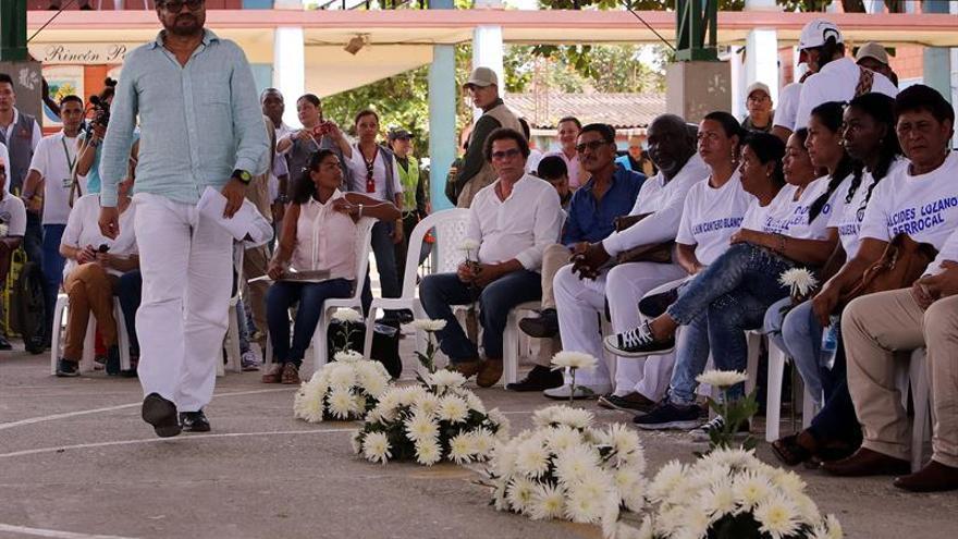 """Las FARC piden perdón """"con humildad"""" por matanza de 35 personas en Colombia"""