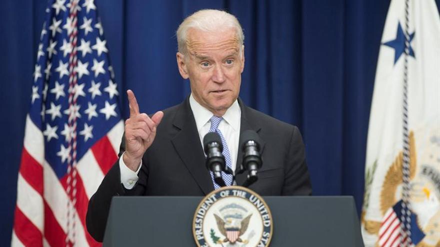 """Biden asegura que EE.UU. mantendrá su """"relación especial"""" con el Reino Unido"""