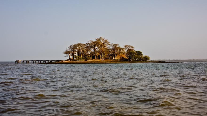 Isla de Saint James, en el Río Gambia. Durante siglos, esta fue una de las bases del comercio esclavista europeo en África.