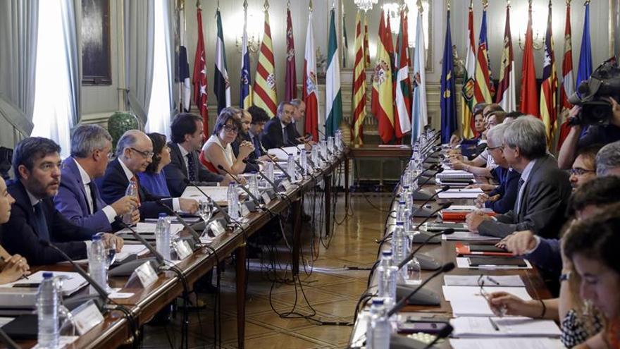 El Gobierno exhibe los logros de la Conferencia pero con reticencias socialistas