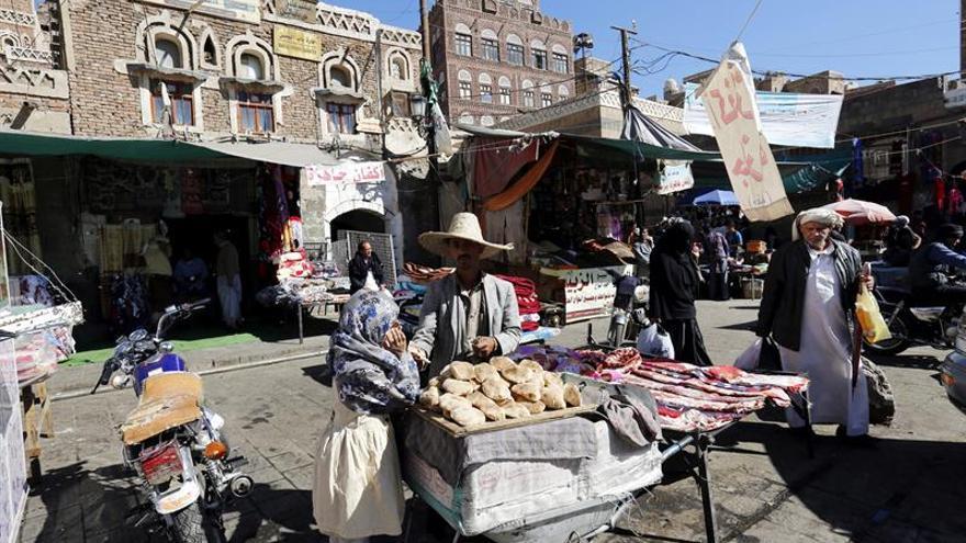La coalición árabe no renueva el alto el fuego en Yemen por violaciones de la tregua