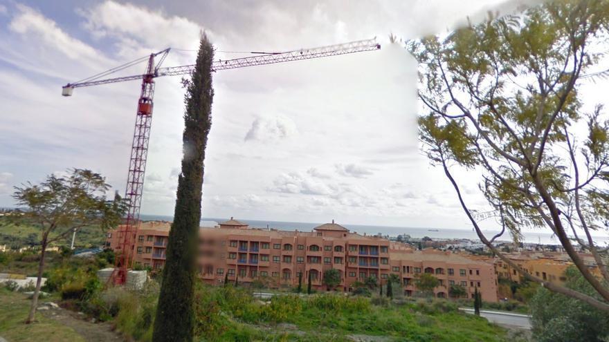 Construcción en una urbanización de Benahavís, cerca de Marbella, destino de lujo habitual para turistas rusos. / Google Maps.